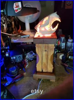 Lampe de table de crâne de castor