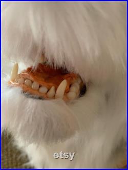 Loup-fox faux renard rouge de fourrure loup gris