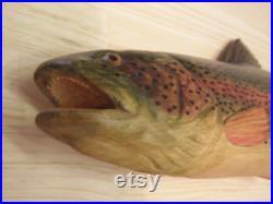 Sculpture en bois 3D de 40 cm de truite arc-en-ciel de poisson, sculpture à la main du bois, décor de mur